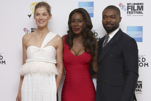 Rosamund Pike, Amma Asante et David Oyelowo présentaient... (AP, Joel Ryan)
