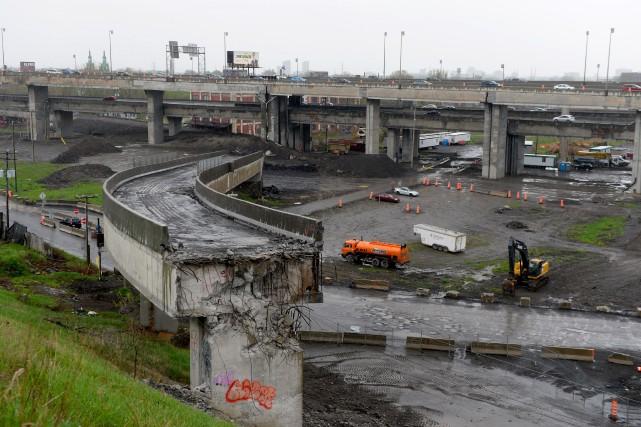 Les ministères des Transports et de l'Environnement ont jusqu'au 31 octobre... (PHOTO BERNARD BRAULT, ARCHIVES LA PRESSE)