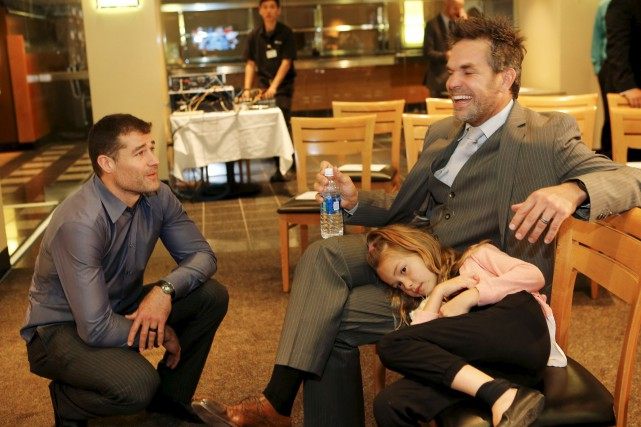 Patrick Marleau (à gauche) discute avec Dan Boyle... (Gary Reyes, San Jose Mercury News via AP)