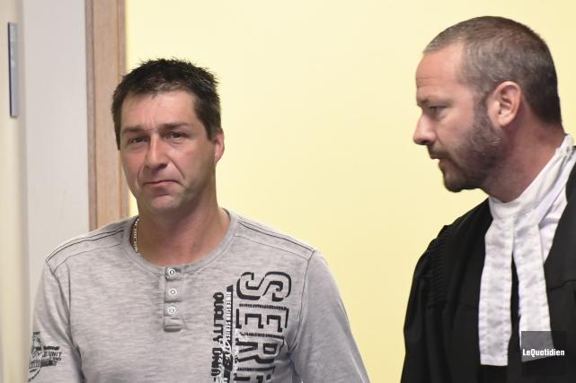 Le motoneigiste Stéphane Girard est accusé de conduite... (Photo Le Quotidien, Rocket Lavoie)