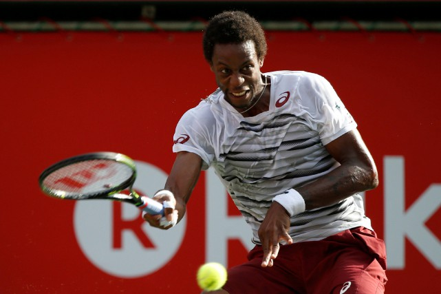 Gaël Monfils... (Photo Kim Kyung-Hoon, REUTERS)