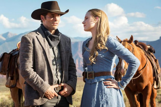 James Marsden et Evan Rachel Wood dans Westworld.... (Photo fournie par HBO)