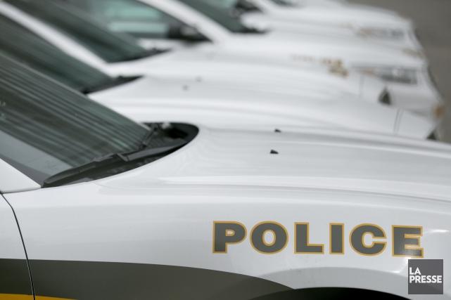 Des policiers de la Sûreté du Québec ont ouvert le feu sur un homme armé d'un... (PHOTO FRANÇOIS ROY, ARCHIVES LA PRESSE)