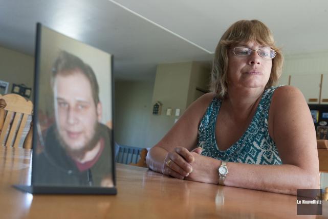 Nicole Lemay, mère de Sebastien Dupuis, disparu en... (Archives Le Nouvelliste)