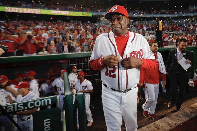 Le gérant des Nationals de Washington, Dusty Baker... (AP,Pablo Martinez Monsivais)