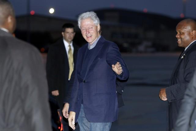 Le 42e président des États-Unis demeure très populaire... (photo Carolyn Kaster, AP)