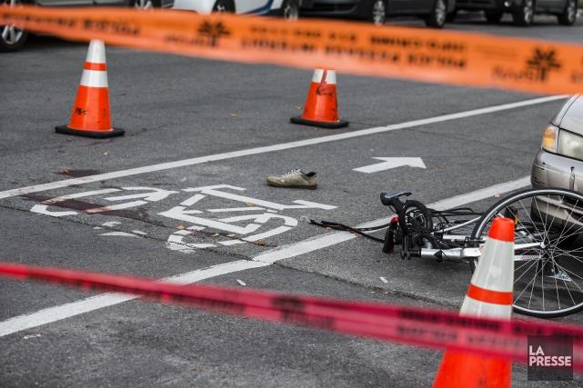 Un cycliste de 24 ansheurté par une remorque vendredi après-midi dans le... (PHOTO EDOUARD PLANTE-FRECHETTE, La Presse)