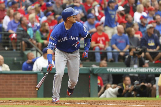 Le partant des Rangers, Yu Darvish, a accordé... (AFP, Scott Halleran)