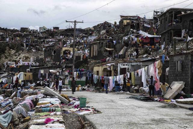 Jusqu'à 80 % des maisons dans le sud... (AFP)