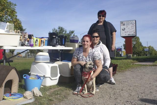 Lors de leur bazar, Shanie Gingras, technicienne en... (Photo Le Progrès-Dimanche, Mélissa Viau)