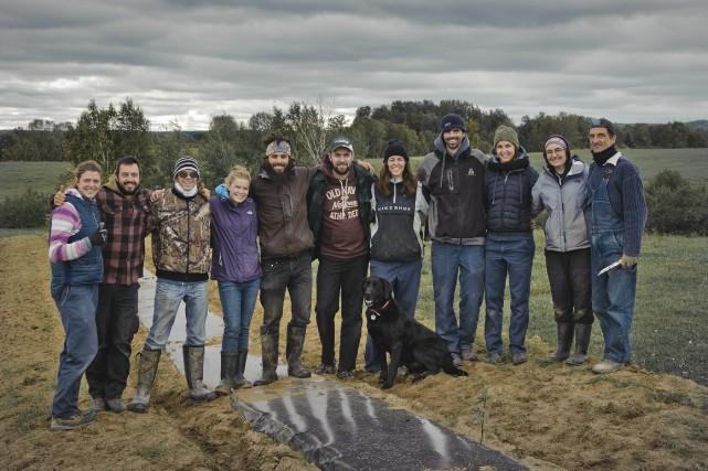 L'équipe des étudiants en milieu naturel du projet... (Photo courtoisie)