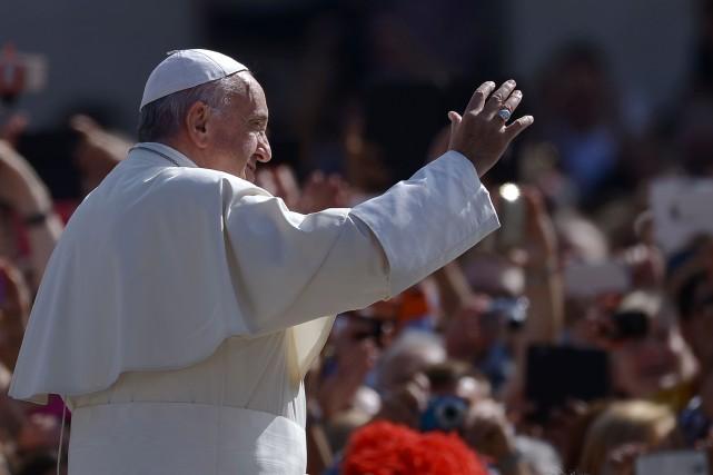 Depuis qu'il est en poste, le pape Françoisa... (PHOTO FILIPPO MONTEFORTE, AFP)