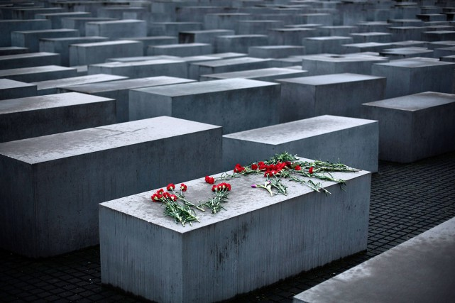 Un mémorial del'Holocauste, à Berlin.... (AP)