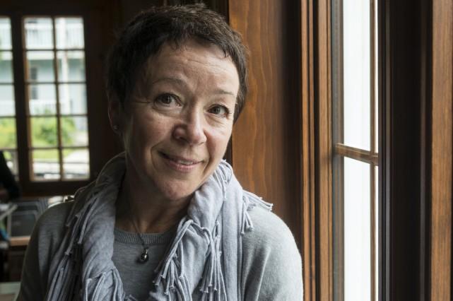 La médecin-omnipraticienne à la retraite Francine Audet signe... (Spectre Média, Frédéric Côté)