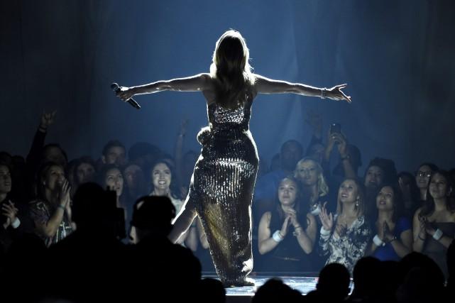 Céline Dion a offert sa première prestation au... (Photo archives AP)