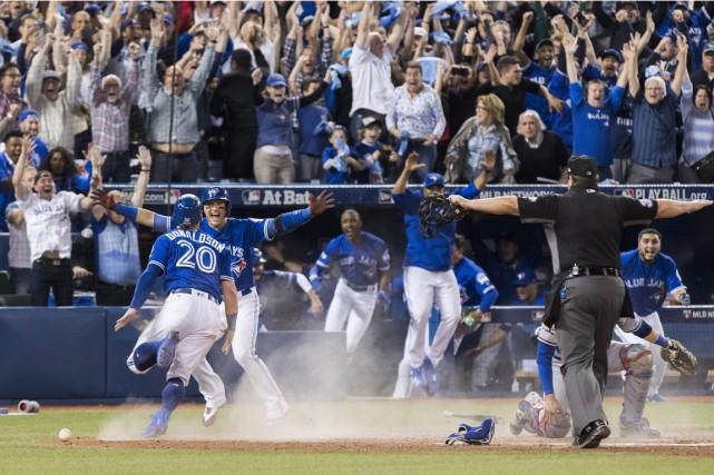 Les Blue Jays ont défait les Rangers du... (Mark Blinch, PC)