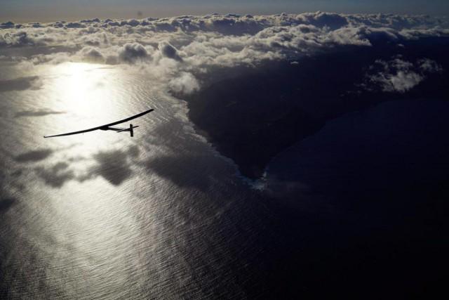Il y a quelques semaines, l'avion solaire Solar... (Photo Jean Revillard, archives Associated Press)