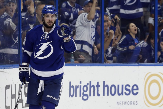 Nikita Kucherov a mené le Lightning de Tampa Bay... (Photo Kim Klement, USA Today Sports)