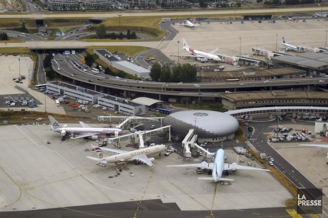 L'aéroport Charles De Gaulle, à Paris,fait partie des... (123RF/ Ivan Cholakov)