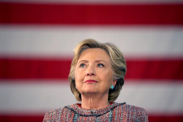 L'équipe de campagne d'Hillary Clinton a accusé WikiLeaks... (photo Lucy Nicholson, REUTERS)