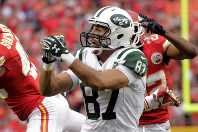 Eric Decker... (Photo Charlie Riedel, AP)