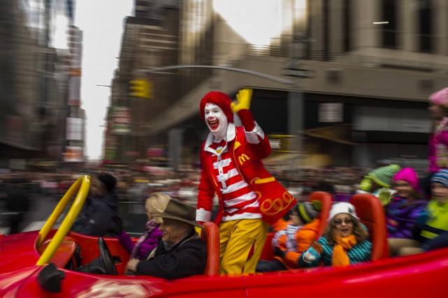 Ronald McDonald avait participé au défilé de l'Action... (AP, Andres Kudacki)