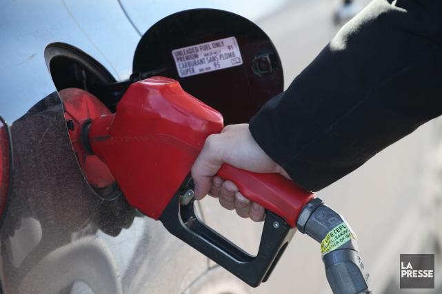 Le prix de l'essence à la pompe pourrait... (La Presse)