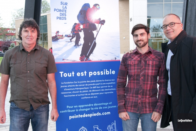Mario Bilodeau, Yan Goyette et Daniel Lesage préparent... (Photo Le Quotidien, Michel Tremblay)