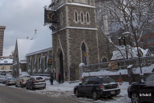 La somme pour rénover la bibliothèque Saint-Jean-Baptiste située... (Photothèque Le Soleil, Caroline Grégoire)