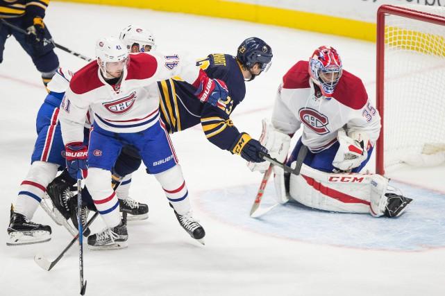 Relisez le clavardage du premier match de la saison du Canadien, contre les... (PHOTO Geoff Robins, AFP)