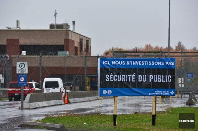 Le SAPSCQ-CSN a commencé sa campagne de visibilité... (François Gervais, Le Nouvelliste)