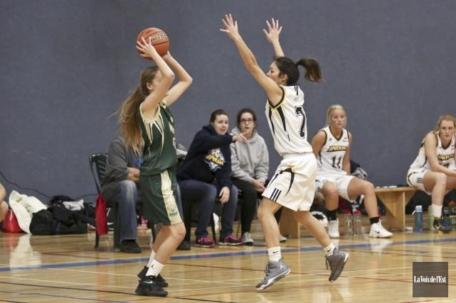 Les Inouk du basket féminin ont participé au... (archives La Voix de l'Est)