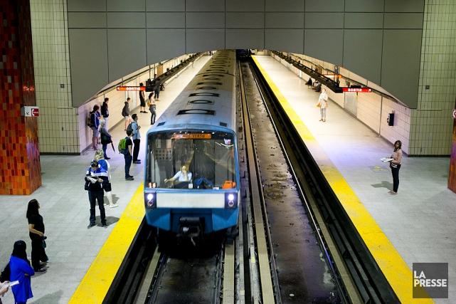 Les premières stations du réseau montréalais ont été... (PHOTO FRANÇOIS ROY, ARCHIVES LA PRESSE)