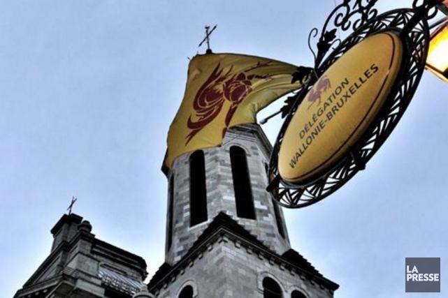 Malgré les pressions internationales, la région francophone de Wallonie a mis... (Tirée de www.wbi.be)