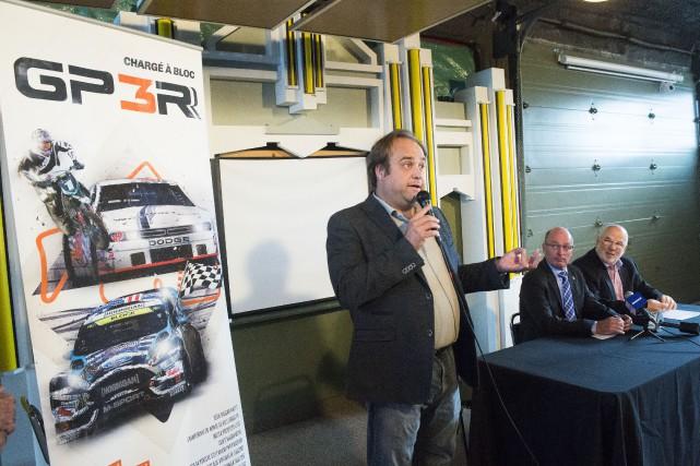 Le président du GP3R Dominic Fugère, le maire... (Photo: Stéphane Lessard)