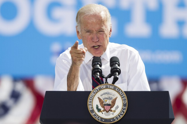 Joe Biden a rejeté les suggestions selon lesquelles... (Photo AP)