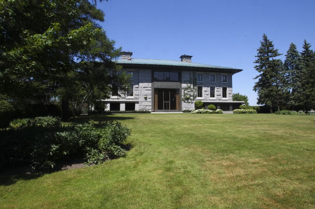 L'ambassade de France à Ottawa... (Archives, LeDroit)