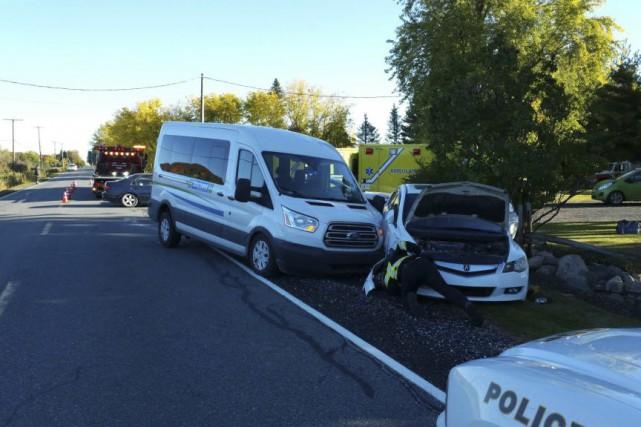 Quatorze personnes ont été blessées dans un accident,... (fournie par le Service de sécurité incendie de Rougemont)