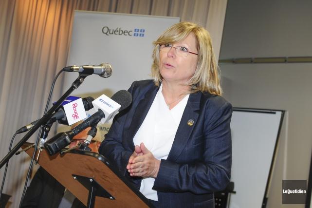 La ministre responsable des Aînés et de la... (Photo Le Quotidien, Gimmy Desbiens)