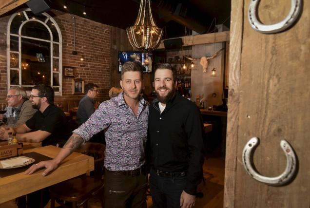 Les deux copropriétaires du Jack Saloon, Alexandre Pinard... (Photo: Francois Gervais)