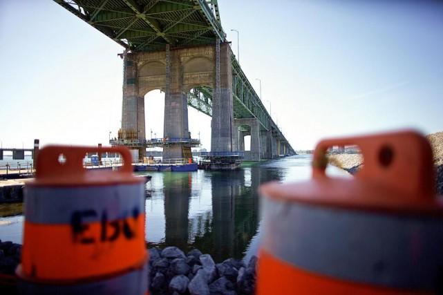 Le pont Champlain sera complètement fermé à la... (Photo André Pichette, Archives La Presse)