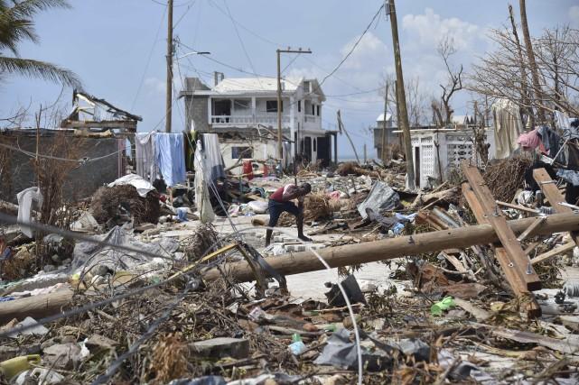 Matthewa déclenché une nouvelle crise humanitaire dans le... (Photo Hector Retamal, AFP)
