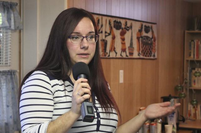 Audrey Tremblay est bénévole au sein de L'AGL-LGBT.... (Photo Le Progrès-Dimanche, Isabelle Tremblay)