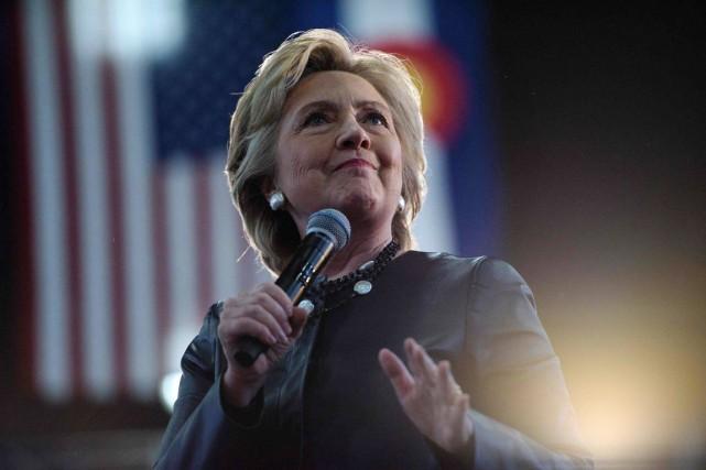 L'équipe de campagne de Mme Clinton n'a pas... (photo Brendan Smialowski, archives AFP)