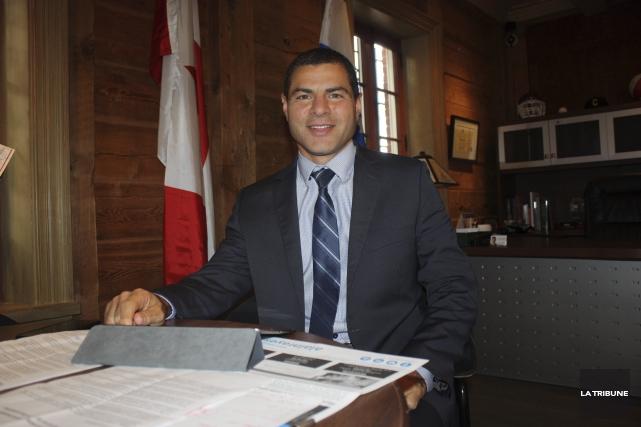 Le député de Richmond-Arthabaska, Alain Rayes, dresse le... (La Tribune, Yanick Poisson)