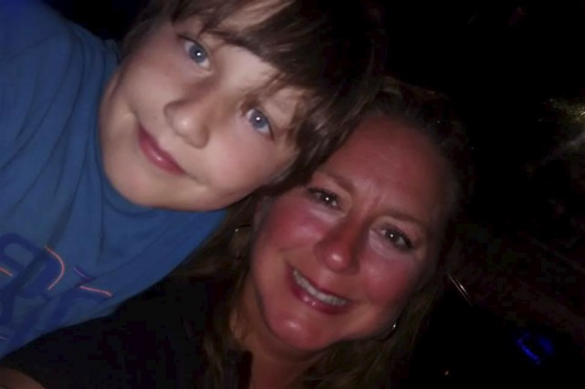 Isabelle Quirion et son fils William... (Courtoisie)