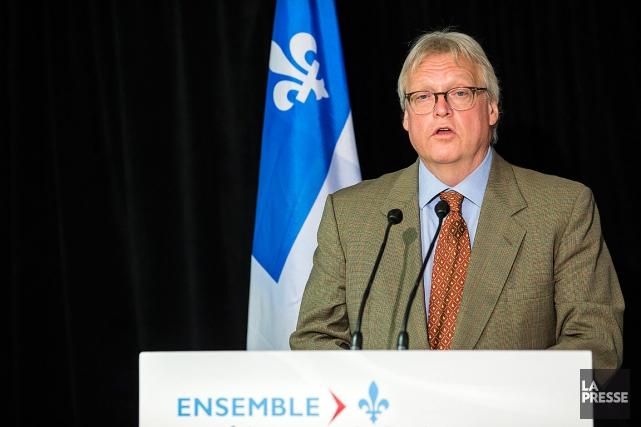 Avec ses homologues des autres provinces, M.Barrette participe... (PHOTO EDOUARD PLANTE-FRÉCHETTE, ARCHIVES LA PRESSE)