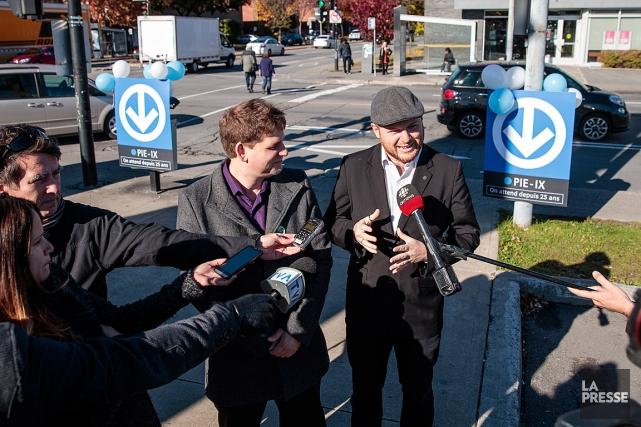 Le conseiller de Projet Montréal, Sylvain Ouellet (à... (PHOTO HUGO-SÉBASTIEN AUBERT, LA PRESSE)