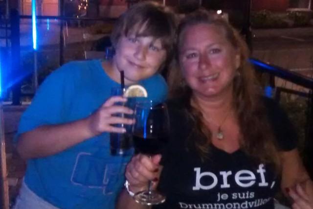 Isabelle Quirion et son filsWilliam.... (Photo tirée de Facebook)