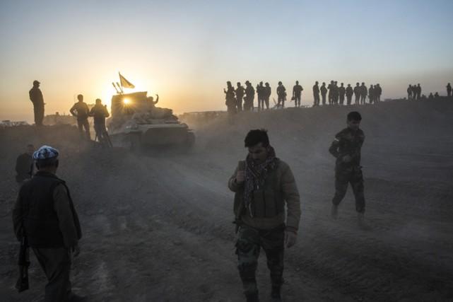 Les quelque 30 000 forces fédérales irakiennes vont... (PHOTO AP)